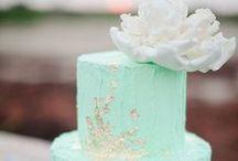 Wedding Cake / by Little Borrowed Dress