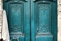 doors around the world / by Joyce MacFarlane