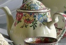 Teapots & Teacups / by Diana Beck
