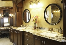 Bathrooms & Kitchens...It's what I do / by Kelly Foss-Railsback