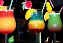 Drinks / by Raquel Bernaola