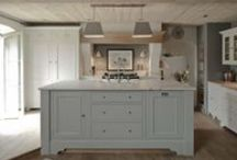 Kitchens and dining areas / by claudia de Yong