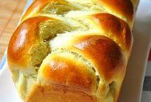 Bread bread bread! / by Lori Norberg
