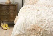 Linens & Bedding / by Ruth
