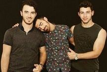 Jonas brothers / JONAS BROTHERS ARE LIFE / by Cassie A