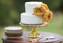 wedding cakes / by Emily Whiting