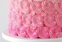 cakes/bolos / by Tania Barreto