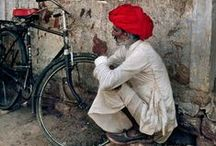 India / People, traditions and dwellings / by Cristiana Cattaneo