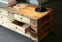 Pallets & Crates / by Handimania