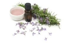 Essential Oils, scrubs, aromatherapy, etc / by Lissa Pins
