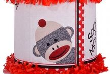 Monkey party / by World of Pinatas