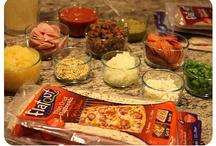 Flatout Pizza Party - Yummy! / by The Motherhood