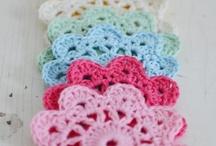 Crochet Fun / My favorite ones! All I wanna try to do! / by Tatiana Sá Silva