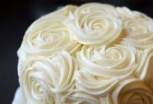 Cake Design Inspiration / by Kellie Chanchay