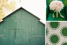 Emerald Green / Pantone Color of the Year Wedding Ideas / by LVL Weddings