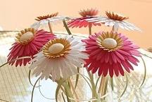 FLOWERS TO MAKE! / by Sigita