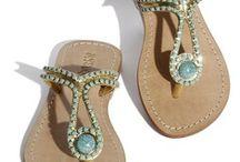 Flip flops/sandals / by Catherine Locke