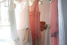 Dresses / by Ava Fojtik