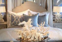 Beautiful Bedrooms / by Elisabeth Meda