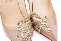 Virtual Shoe Closet / by Kyra V.❤
