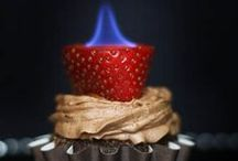 CUPCAKERS!! / by Diane Dewinter