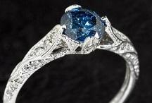 Jewels / by Anliet Milke