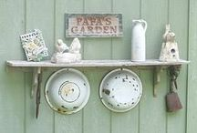 Backporch && Garden / by Malina Chauncy