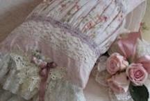 Pretty Pillows / by Teresa Noah-Brown