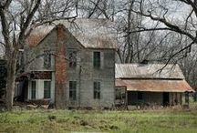 Old houses / by Anita Diaz