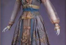 Historical Fashion / by Ana Lalala