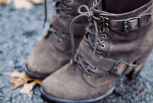 Pretty Things: Shoes / by Sara Rorebeck