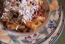 Looking Good Pasta Recipes / by Jodee Weiland