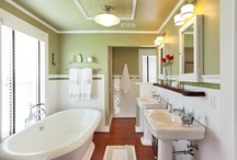 Bathrooms / by Jimmy Ann Campbell