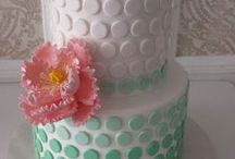 decorating...cakes that is. / by Heather Reed