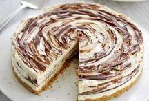 DESSERT DISCO: Cheesecake / by Lateefah Brown