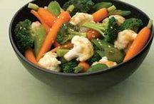 Food-veggies / by Laurel McAra