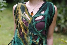 handmade clothes and accessories I love / by Rosalie Cronin