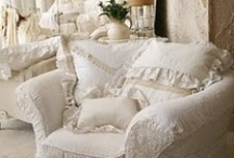 Shabby Chic Style / by Fran Klaas