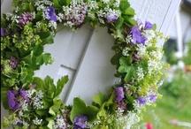 Floral Wreaths / For more floral inspiration and flower arranging tips - visit my blog Of Spring and Summer: http://ofspringandsummer.blogspot.co.uk/ / by Ingrid Henningsson