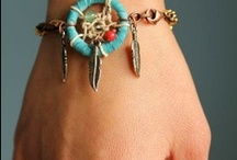 Crafts - Jewelry / by Kimberly Howard