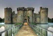 Castles / by Eneida Morales