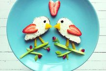 kids lunches / by Ramona Iordan