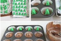 Christmas Candy/cookies/Bars / by Alicia Morey-Vicentini