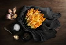 Food | Dark / Food Photography | Food Styling | Dark Backgrounds | Dramatic Shadows | Chiaroscuro / by Grace Anne Vergara