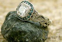 Jewelry / by Deidre Dooling