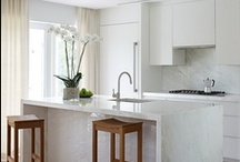 Kitchens / by Lisa Luera     (lisa Padovan)