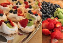 Food: Sweets & Pastries / by Kate Fosson