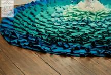 CRAFTY - fabric / by Milda Hadaway