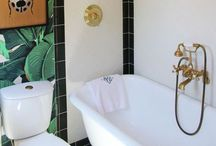 Bathrooms / by Felipe Storry