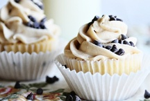 Cupcakes + Muffins / by Hayley Sullivan (Buff Chickpea)